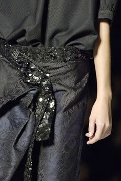 Dries Van Noten Spring 2007 Ready-to-Wear - Details - Gallery - Style.com