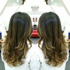 #hair #cabello #sunkissed #besosdelsol #axelbesosdesol #axelsunkissed #hairdresser #hairstylist #estilista #peluquero #peluqueria #Panama #pty #pty507 #picoftheday #mirrorphoto #multiplaza #axel04
