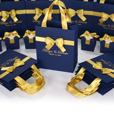 30 Navy Blue & Gold Wedding Welcome bags with satin ribbon handles, bow and names, Elegant Personalized Wedding favor for guests, Treat bags