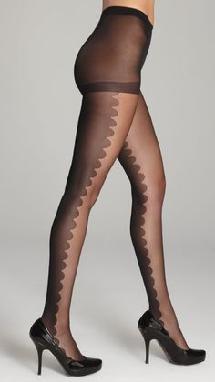 Scalloped tights