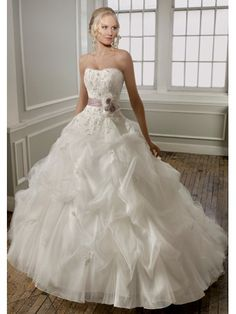 Tulle Ball Gown Softly Curved Neckline Wedding Dress ML1667