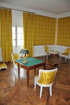 Petit Trianon - Attique - Salle évoquant le cabinet de toilette - Château du Petit Trianon — Wikipédia