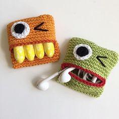 Suuuuper útil! 👏🏼 . #facavocemesmo #artesanato #croche #crochebauru #baurusp #crocheemcasa #crochetando #crochefacil #crocheutil #crochecriativo #fonedeouvido #criatividade #diy #diycroche