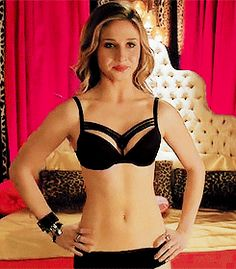 Can we take a little time to take a look at Rita Volk? - Imgur