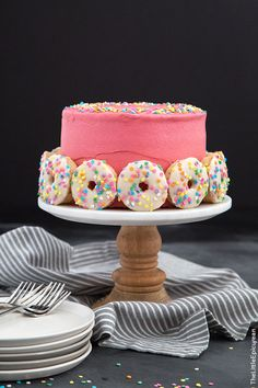 This funfetti doughnut cake basically has everything I could ever want in a dessert: coffee, doughnuts, cake, and whiskey. What else can I girl ask for?