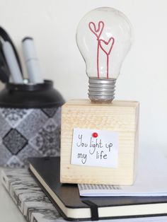DIY Paperweight With a Light Bulb