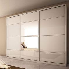 45 Creative Bedroom Wardrobe Design Ideas That Inspire On ~ Wardrobe Door Designs, Wardrobe Design Bedroom, Bedroom Furniture Design, Wardrobe Closet, Built In Wardrobe, Closet Designs, Closet Bedroom, White Wardrobe, Bedroom Cupboard Designs