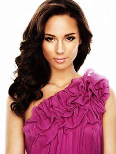 Alicia Keys = amazing and beautiful!