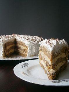 Duplán gesztenyés torta - Kifőztük, online gasztromagazin Hungarian Cake, Hungarian Recipes, Hungarian Food, Cake Cookies, Tiramisu, Fondant, Tart, Sweet Tooth, French Toast