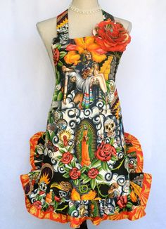 Woman's Apron Dia Los Muertos Sugar Skull Day by OliviabyDesign Apron Pattern Free, Aprons Vintage, Mexican Style, Beautiful Roses, Sugar Skull, Hair Clips, Bodice, Wishing Well, Orange
