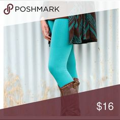 🎉BEST SELLER 🎉 Tummy control fleece leggings Stretchy and stylish fleece leggings with high waist sleek tummy control. Soft and cozy fleece keeps you warm and comfy. 85% nylon 15% spandex. Color: TEAL. These are one size fits all but fit up to a size 12 comfortably. 2 a T Boutique  Pants Leggings