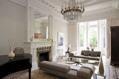 Neoclassical interior style - the elegance of the 18th century