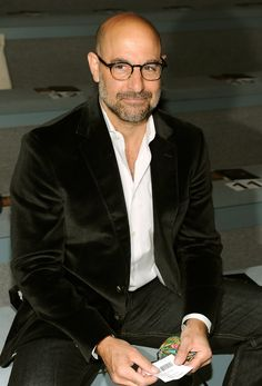 Stanley Tucci, actor, writer, film director and producer. Haircuts For Balding Men, Bald Men Style, Bald Look, Stanley Tucci, Comic Face, Preppy Men, Sharp Dressed Man, Beard Styles, Stylish Men