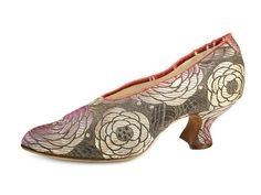 1920s J. Gane & Son Ltd....Brocade Pumps with Large Flower Heads in Pink and Purple Colour.