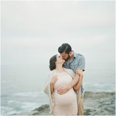 Sunset Cliffs San Diego Maternity Session by Maine Maternity Photographer Tiffany Farley, featured on The Fount Collective, http://thefountcollective.com