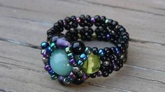 Beaded ring tutorial - These rings are addictive to make.