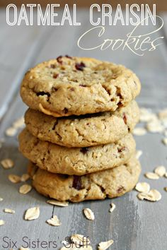 Delicious Oatmeal Craisin Cookies from SixSistersStuff.com