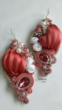 ' Antique Pink ' earrings . Shibori silk and soutache designed by Mhoara Jewels