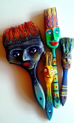 Cute paint brushes ღ Painting ღ  #thehouseofvangogh loves these brushes and we are going to share them.