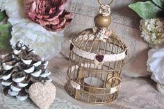 Cage décorative bougeoir shabby romantique avec dentelle, roses en satin , ange et rose en céramique : Accessoires de maison par elegance-italienne