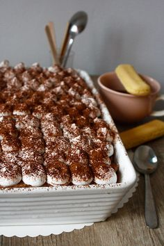 Prăjitură cu cremă de Nutella și Mascarpone - The secret ingredient is one heaping teaspoon of love Nutella, Breakfast, Food, Mascarpone, Morning Coffee, Eten, Meals, Morning Breakfast, Diet