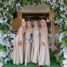 "Dress Gaun Bridesmaids Hijab on Instagram: ""from @aadilahna"""