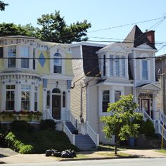 Halifax houses - On the Halifax Penninsula, you will find mostly Victorian style homes & condos