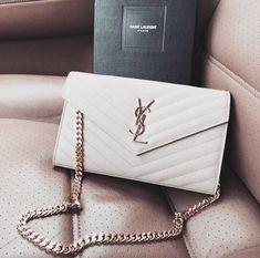 Pinterest: elaluvscats ♡ - Handbags & Wallets - http://amzn.to/2hEuzfO #Designerhandbags