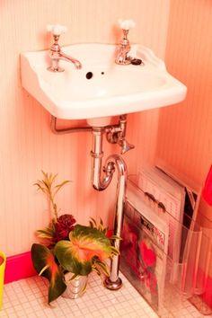 Bathroom-rechthoek om wasbak schilderen.