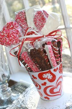 Valentine's Day Cookie Pop and Chocolate dipped pretzel bouquet - Leslie Ruth  Sweets, Treats & Events!