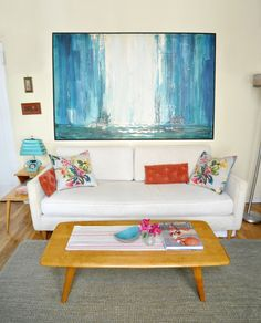 Tracy's Vintage Modern in Manhattan House Tour | Apartment Therapy - Love the painting