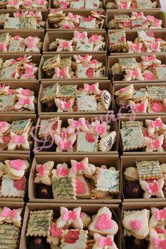 Související obrázek Krispie Treats, Rice Krispies, Desserts, Food, Tailgate Desserts, Dessert, Postres, Deserts, Meals