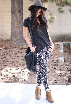 Cute look with summer fave- patterned pants