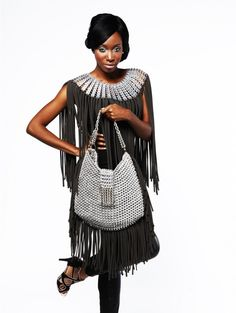 Dalaleo poncho and bag