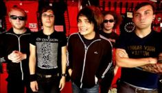 My Chemical Romance - Bob Bryar, Mikey Way, Gerard Way, Ray Toro, Frank Iero