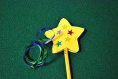Make a Star Pencil Topper! (pinned by Super Simple Songs) #educational #resources for #children