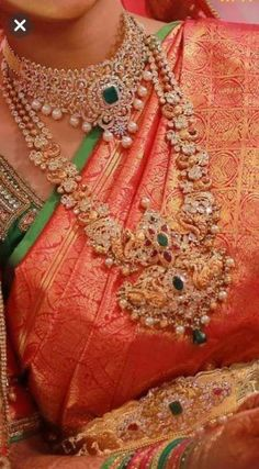 Elegant Bridal Jewellery Jewels Ideas For 2019 Indian Wedding Jewelry, Bridal Jewelry, Gold Jewelry, Bridal Jewellery Collections, Gold Necklace, Emerald Necklace, Diamond Jewellery, Indian Bridal, Indian Jewellery Design