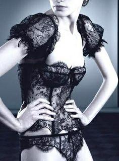 An ID Sarrieri lace lingerie set we had at Faire Frou Frou