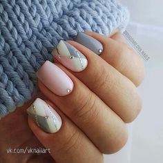 Discover new and inspirational nail art for your short nail designs. Square Acrylic Nails, Square Nails, Acrylic Nail Designs, Nail Art Designs, Design Art, French Manicure Designs, Short Nail Designs, Spring Nail Art, Spring Nails