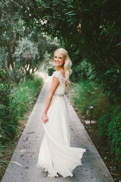 The beautiful bride: http://www.stylemepretty.com/2015/03/01/traditionally-elegant-la-jolla-wedding/ | Photography: Emily Blake - http://emilyblakephoto.com/