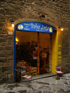 Baba Jaga -childrens book shop, Pistoia, Italy ...