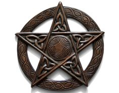 Hand carved wooden Pentagram in a dark stain with a Celtic Knot detail wall hanging Approx size: diameter x deep Wooden Plaques, Dark Stains, Pentacle, Celtic Knot, Pagan, Vikings, Hand Carved, Knots, Bedroom Decor
