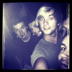 Few days and were of to Canada!! You guys are in for a great show!!! #celticthunder #music #keithharkin