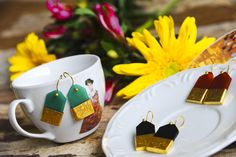 ISLA S/SUMMER COLLECTION 2014- TICKET EARRINGS - 3 diferentes stones : green onix, black onic and cornelian- gold plated