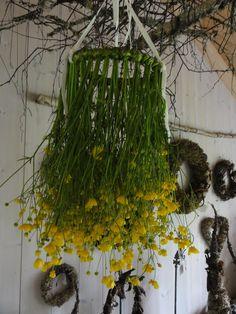 Atelier Kari naturdekorasjoner og kranser Romantic Home Decor, Romantic Homes, Environmental Sculpture, Moss Art, Gras, Nature Crafts, Fall Wreaths, Land Art, Simple Pleasures