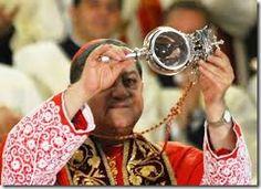 SAN GENNARO's MIRACLE | ITALIAN CULTURE - Blood dissolved itself - patron saint of Naples