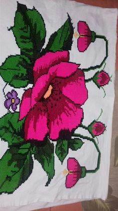 Crewel Embroidery, Cross Stitch Embroidery, Cross Stitch Patterns, Embroidery Designs, Bordados E Cia, Acrylic Colors, Christmas Cross, Chrochet, Sewing Clothes