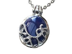 Vampire Diaries Katherine Anti-Lumire du soleil Lapis Lazuli Collier avec pendentif Orion Creations http://www.amazon.fr/dp/B00RN7C12S/ref=cm_sw_r_pi_dp_mtEiwb09HD498