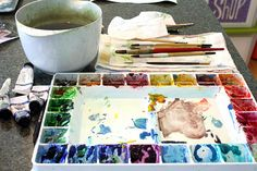 Watercolor tutorial for painting homes and landscapes.