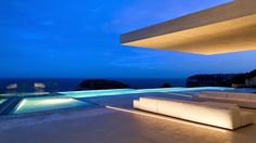 Casa Sardinera ►http://goo.gl/Ek1RPN   Moderna y sostenible!